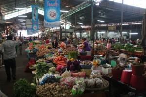 Allée centrale du marché
