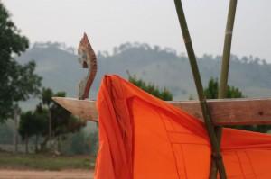 La tête de la gouttière qui a du servir, plus tôt dans l'après midi, à laver les bouddhas