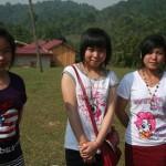 Au temple, on s'est fait trois copines d'un coup...
