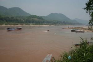 Le Mékong (basses eaux; saison sèche)