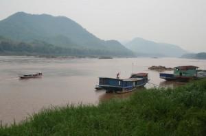 Bateaux sur le Mékong