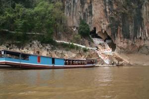 La grotte (iinférieure) de Pak Ou